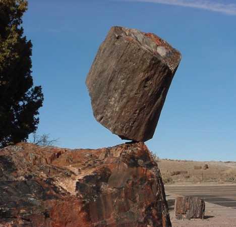 Rock Steady The World S 10 Most Amazing Balanced Stones