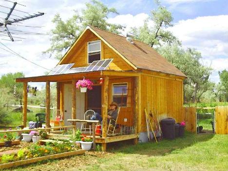 Cheap Eco House Off Grid Cabin. LaMar Alexander Built A ...