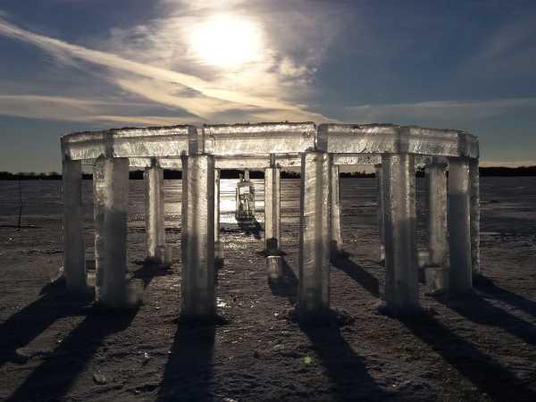Icehenge 8a