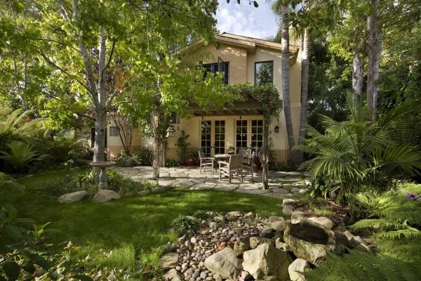 California Cat Lover's House 67x