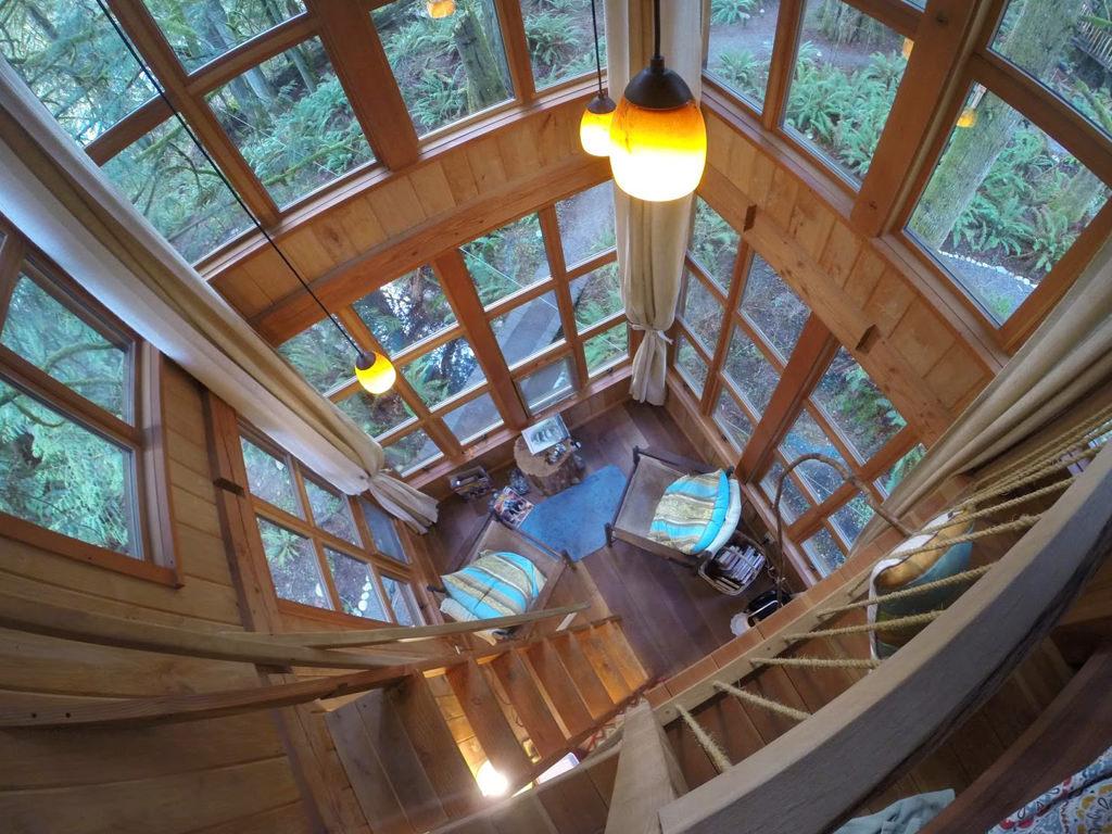 dream destinations treehouse point 3