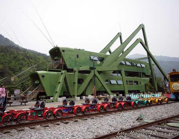 Korean-Rail-Bike-4a