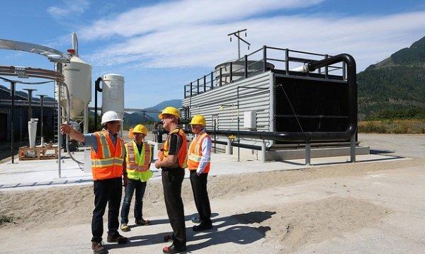Air, Cleaner: Pilot Plant Economically Captures CO2