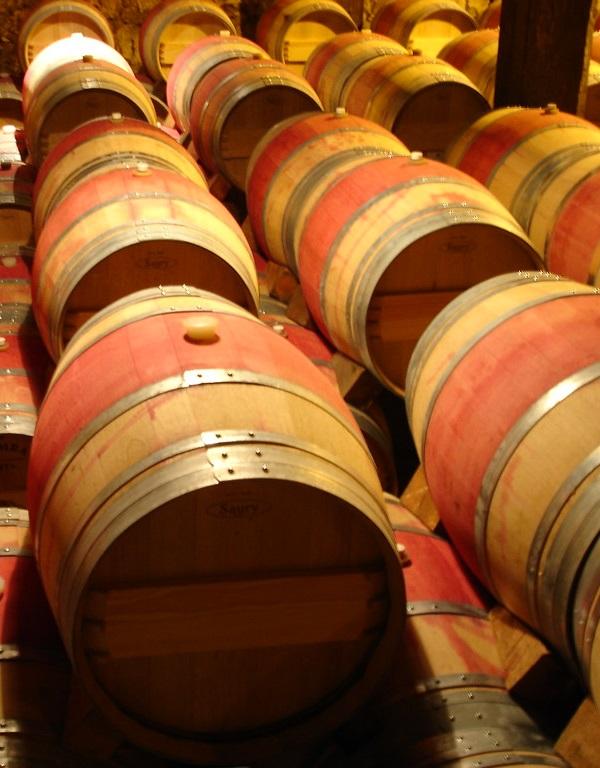 Kit'n Barrel: Recycled Wine Barrel Cat Beds