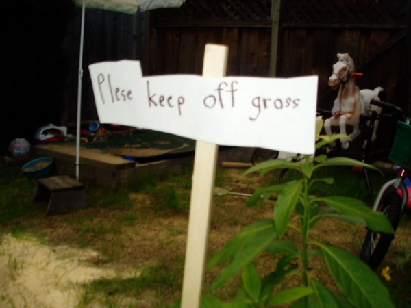 Lawn Order: 10 Seedy 'Keep Off The Grass' Signs